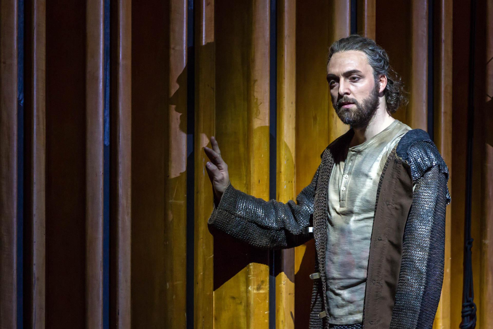 94/ Oper: EMMA UND EGINHARD, Gyula Orendt CAROLUS in der Staatsoper im Schiller Theater Berlin am 22.04.2015, Premiere a