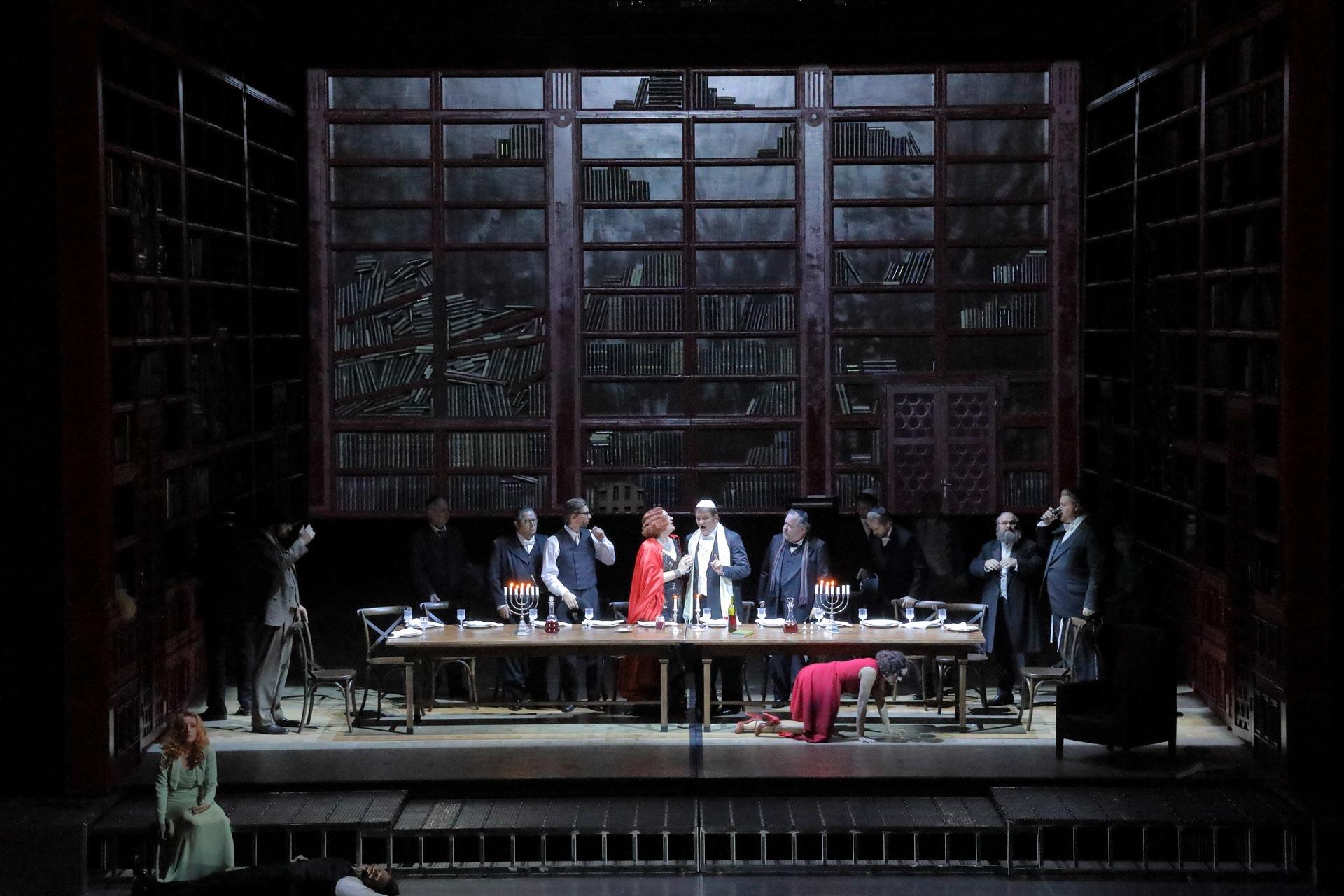 Bayerische Staatsoper Munich - Salome - Warlikowski production (© Wilfried Hösl)